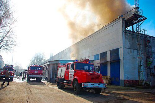 Пожар в здание из сэндвич панелей