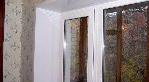 Установка рулонных штор на пластиковые окна